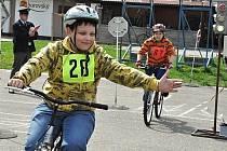 Soutěž mladých cyklistů ve Velkých Pavlovicích.