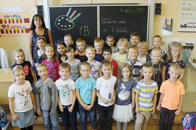 Základní škola Mikulov, Valtická. Třída 1.B, třídní učitelka Šárka Turečková.