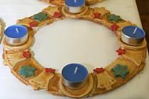 Výstava adventních věnců a svícnů v lanžhotském muzeu.