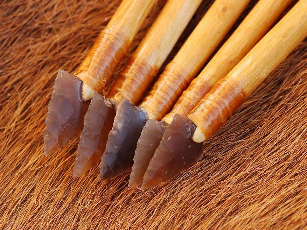 Artefakty, které sloužily pro lov.