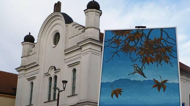 Obrazy Antonína Vojtka uvidí lidé zatím alespoň v alternativní virtuální galerii.