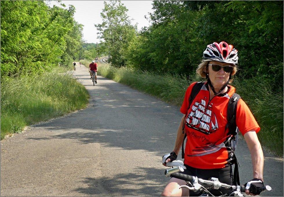 Cyklisté vyrazili na letošní otevírání Lichtenštejnských stezek.