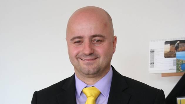 Lidovci vysílají do klání očekávatelnou osobu. Současného člena břeclavské rady a předsedu okresní organizace Richarda Zemánka.