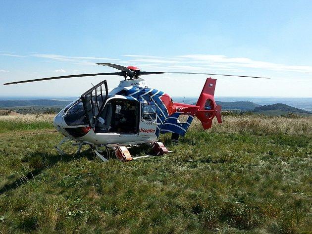Paraglidista se vážně zranil při pádu na Pálavě na Břeclavsku. Vrtulník záchranářů přistál na Stolové hoře.