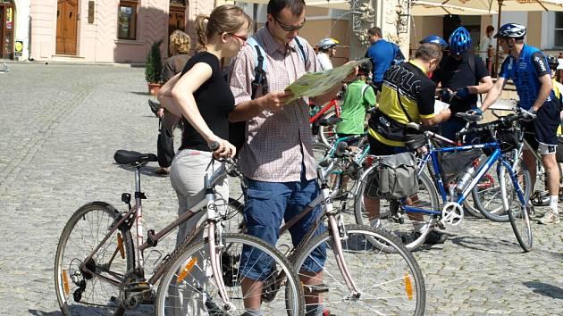 Z Mikulova vyjelo několik stovek cyklistů
