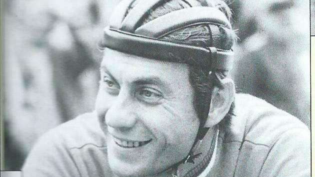 Milan Puzrla v době své aktivní akriéry.