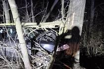 U Charvástké Nové Vsi se stala v sobotu brzy ráno autonehoda, která si vyžádala čtyři zraněné.