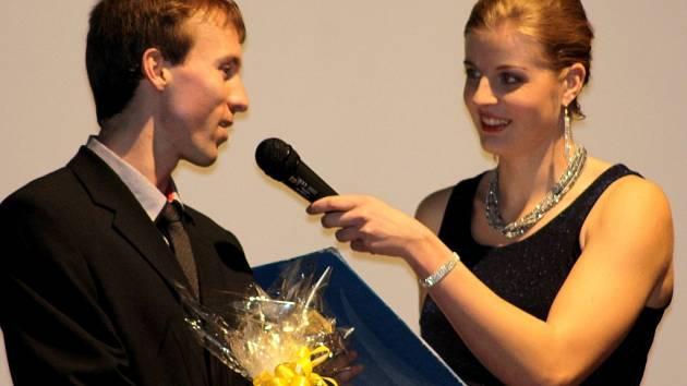 V břeclavském kulturáku podruhé plesali sportovci pod taktovkou projektu Sportujeme společně pro Břeclav. Vyhlašovala se tam i anketa o nejlepší sportovce loňského roku.