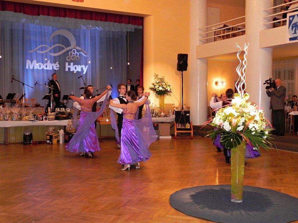 Tanečníci z Modrých hor se sejdou na plese