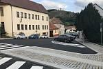 Mikulovská ulice Česká je konečně po opravách znovu otevřená.