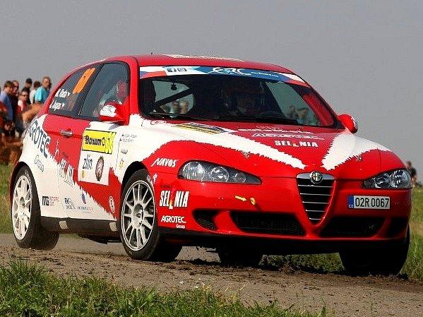 Radova Alfa Romeo 147 v akci na Zlínsku.