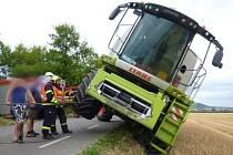 Nehoda kombajnu u Bavor.