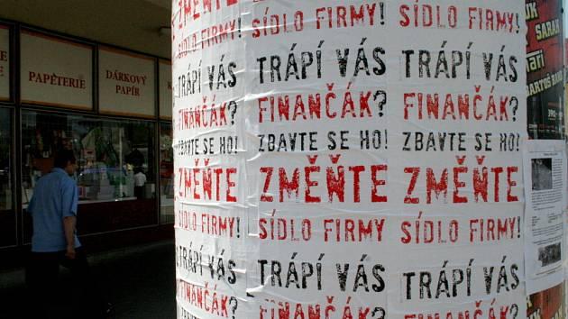 Vylepené plakáty v Břeclavi