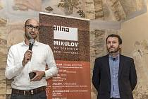 Mkulovské sympozium Dílna - kurátor ročníku Tomáš Tichý a teoretik Petr Vaňous.