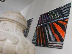 """Umělci z """"dílny"""" zanechali na zámku desítky výtvarných děl."""