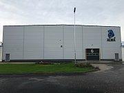 Společnost Alba Metal otevře má novou skladovací halu v Ladné na Břeclavsku.