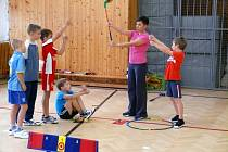 Junior Golf Club Břeclav ve spolupráci se ZŠ Břeclav-Slovácká připravil v letošním školním roce pilotní projekt výuky základů golfu pro nejmenší děti.