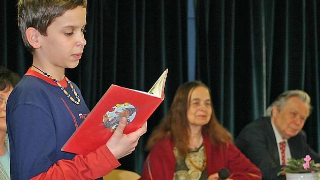 Čtení v břeclavské knihovně
