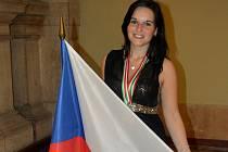 Stříbro a dva bronzy získala na mistrovství světa ve zpracování textu na klávesnici Klára Pohlová ze Střední průmyslové školy Edwarda Beneše a Obchodní akademie Břeclav.