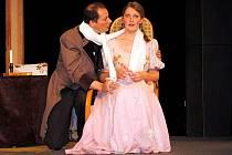 Boleradický divadelní spolek bratří Mrštíků uvedl v premiéře Gogolovu hru Revizor.