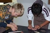Děti v muzeu plnily různé úkoly.
