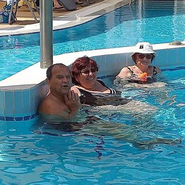 Hustopečští členové Svazu tělesně postižených.