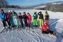 Studenti lyžovali a naučili se první pomoci