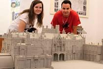 Muzejní noc. Komentované prohlídky v synagoze, Lichtenštejnském domě, muzeu Pod vodárnou i v zámecké věži připravilo Městské muzeum a galerie Břeclav. Sobotní program pokračoval na zámeckém náměstí.