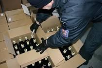 Celníci zajistili celkem 1.664 litrů nezdaněných lihovin.