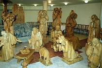 K cyrilometodějskému výročí připravil řezbář Josef Fröhlich výstavu v břeclavském farním kostele.