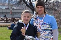 Dva amatérští běžci z Hustopečí se vydali na jednadvaceti kilometrovou trasu Pražského půlmaratonu.