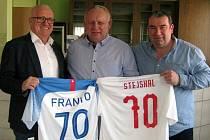 Předseda Okresního fotbalového svazu v Břeclavi František Stejskal oslavil loni významné životní jubileum.