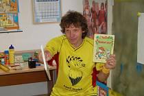 Vývarník Adolf Dudek se může pochlubit oceněním nejprodávanějšího dětského ilustrátora s prodejem více než tří miliónů knih.