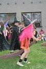 Čarodějnice a čarodějové se slétli na Břeclavsko.