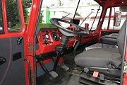 Po kompletní rekonstrukci původně armádních vozidel mají břeclavští hasiči nově k dispozici vyprošťovací automobil.