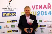 Výsledky dvanáctého ročníku soutěže Vinař roku 2014 vyhlásili organizátoři ve čtvrtek večer slavnostně v pražském Žofíně. Na třetím místě se umístily Vinné sklepy Valtice.