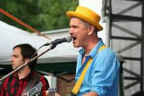 Jediná domácí kapela, která letos vystoupila na festivalu Eurotrialog byli mikulovští Tři Lotři.
