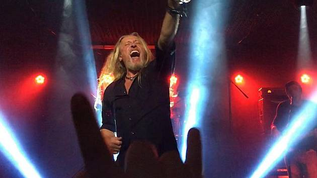 Nezaměnitelný hlas rockera Kamila Střihavky se rozezní v pátek večer nad Sonberkem v Popicích. Koncert začíná od šesti hodin večer.
