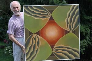 Břeclavský malíř a výtvarník Antonín Vojtek pracuje na nové sérii obrazů.