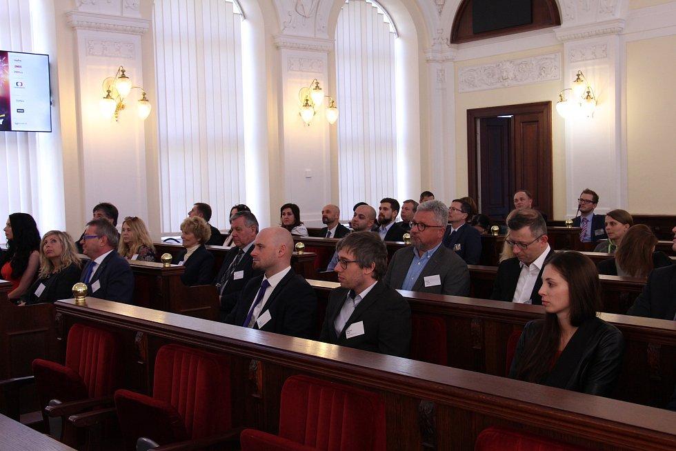 Titul EY Podnikatel roku 2018 Jihomoravského kraje získali zakladatelé a majitelé společnosti Alca plast, s.r.o., Radka Prokopová a František Fabičovic.
