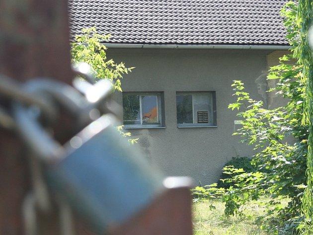 Opuštěná budova v břeclavské ulici Na Pěšině. Ilustrační foto.
