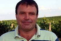 Vinař František Zapletal z Velkých Bílovic.