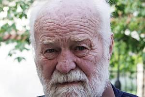 Ve věku 92 let zemřel 31. prosince 2019 akademický malíř a rodák z Kostic Jaroslav Blažek.