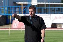 Trenér Bohumil Smrček se zatím z gólu svých svěřenců radovat nemohl.