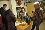 Do Chvalovic nejen za mladými víny.