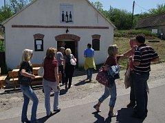 Šaldorfští vinaři otevřeli sklepy.