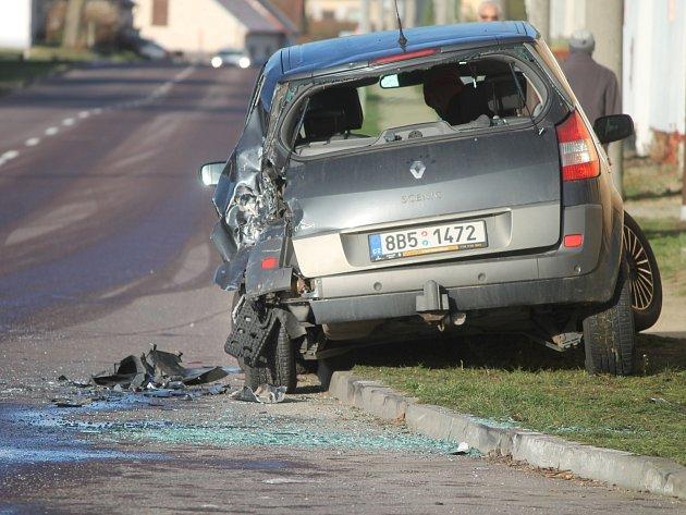 Za nehodou v Šumné mohla ranní námraza.
