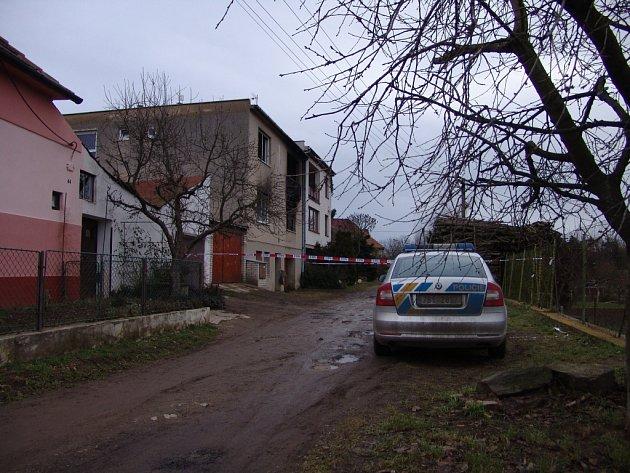 V Olbramkostele uhořel při požáru domu člověk.