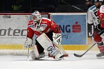 Brankář Teemu Lassila patří mezi hlavní tváře hokejistů Znojma v mezinárodní EBEL.
