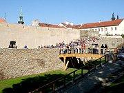 Hradební pás nabízí návštěvníkům atraktivní pohledy na cetsrum Znojma.